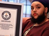 Британка индийского происхождения стала самой молодой в мире бородатой женщиной