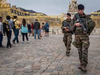 Задержанные в Париже террористки планировали взрыв у Эйфелевой башни