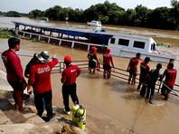 В Таиланде в результате крушения речного судна погибли 17 человек