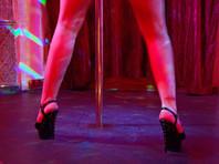 Несколько стриптизерш из американской Луизианы пожаловались на запрет танцевать у шеста до 21 года