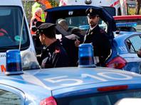 На Сардинии легковой автомобиль врезался в толпу: десятки пострадавших