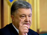 Президент Украины Петр Порошенко продлил на год и расширил санкции против российских юридических и физических лиц