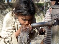 Договор был порожден опасениями Пакистана о том, что Дели может лишить исламскую республику доступа к воде, перекрыв те притоки Инда, которые протекают по территории Индии, в том случае, если между этими странами в очередной раз вспыхнет война