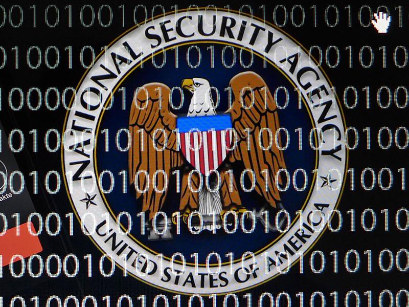"""""""Второго Сноудена"""" обвинили в похищении списков американских шпионов за рубежом"""