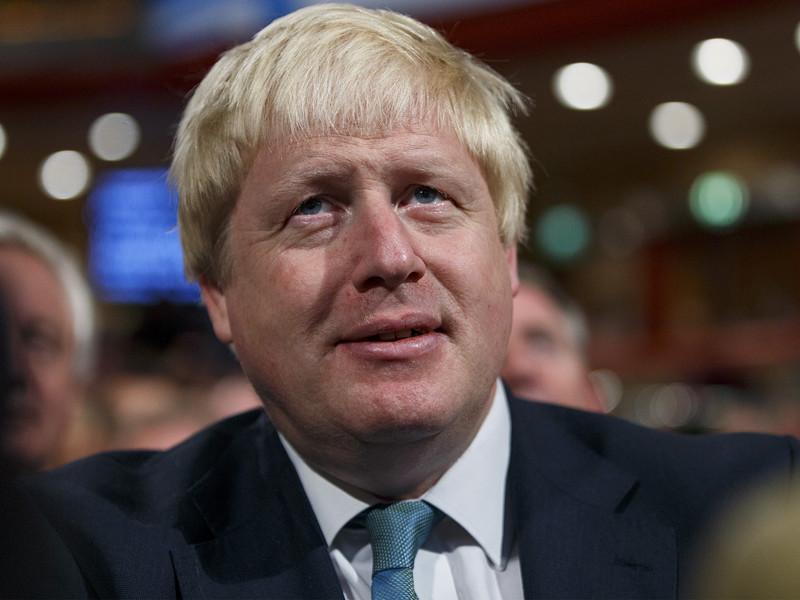 В Великобритании продолжается бурное обсуждение резонансного заявления министра иностранных дел королевства Бориса Джонсона, призвавшего ранее устраивать акции протеста у российских диппредставительств из-за ситуации в Сирии