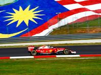 """Малайзийские власти задержали девять человек после окончания этапа гран-при """"Формулы-1"""" в Сепанге. Поводом послужило то, что молодые люди разделись до нижнего белья, которое было выполнено в стиле национального флага Малайзии"""