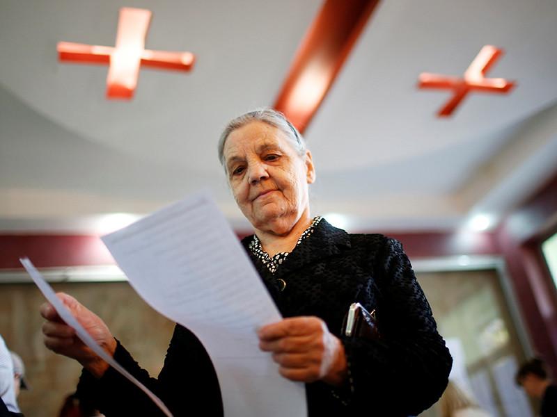 """В парламент Грузии по партийным спискам проходят лишь две главные политические силы страны - """"Грузинская мечта"""" и """"Единое национальное движение"""""""