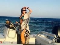 Линдси Лохан перенесла операцию на пальце, которого чуть не лишилась во время отдыха на яхте в Турции