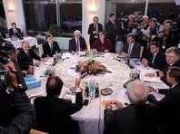 Лидеры четырех стран обсудят проблемы урегулирования конфликта на востоке Украины: реализацию минских договоренностей, а также дальнейшие шаги, связанные с установлением мирного процесса на Донбассе