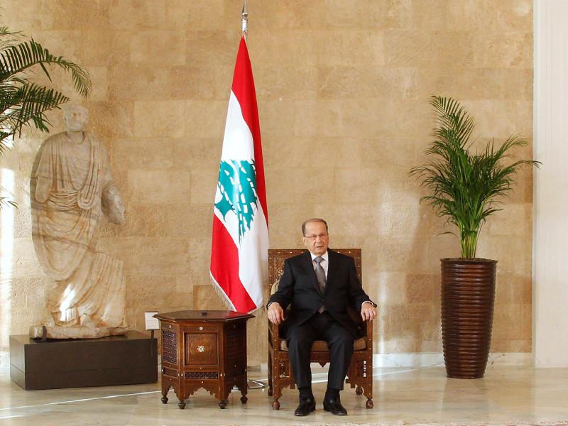 """В Ливане парламент избрал лидера партии """"Свободное патриотическое движение"""" 81-летнего отставного генерала Мишеля Ауна на пост президента страны, пустовавший более двух лет"""