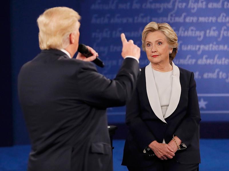 Второй раунд теледебатов между претендентами на пост президента США, состоявшийся 9 октября в Сент-Луисе, запомнился зрителям курьезным происшествием с мухой. Насекомое уселось на бровь кандидату от Демократической партии Хиллари Клинтон