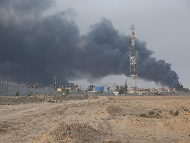 """Начавшаяся в Ираке операция по освобождению второго по величине города страны Мосул от террористической группировки """"Исламское государство"""" (ИГ, запрещена в РФ) займет """"какое-то время"""" и может привести к жертвам среди мирного населения"""