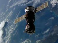 """Космический корабль """"Союз"""" с очередным экипажем для МКС успешно пристыковался к станции"""