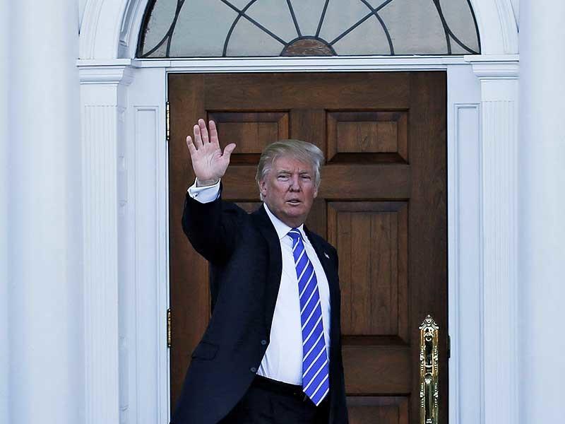 Трамп после инаугурации будет жить в Белом доме без жены