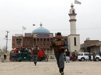 Террорист-смертник, который активировал взрывное устройство в шиитской мечети в западной части Кабула, убил более 30 и ранил более 80 человек. Среди погибших и пострадавших есть дети