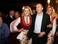 На президентских выборах в Болгарии лидирует социалист Радев