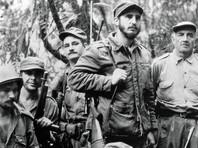 """Кастро пришел к власти в результате революции 1959 года, и на протяжении последующих 49 лет правил Кубой железной рукой, превратив остров в символ сопротивления Соединенным Штатам и став одной из центральных фигур """"холодной войны"""""""
