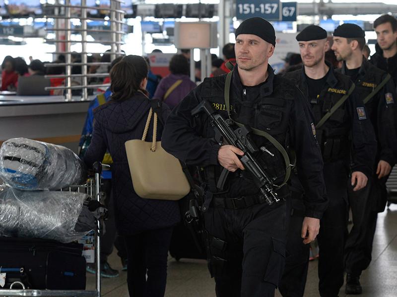 Полиция Чехии арестовала гражданина Польши, который угрожал взорвать самолет Boeing 737-800 авиакомпании Enter Air