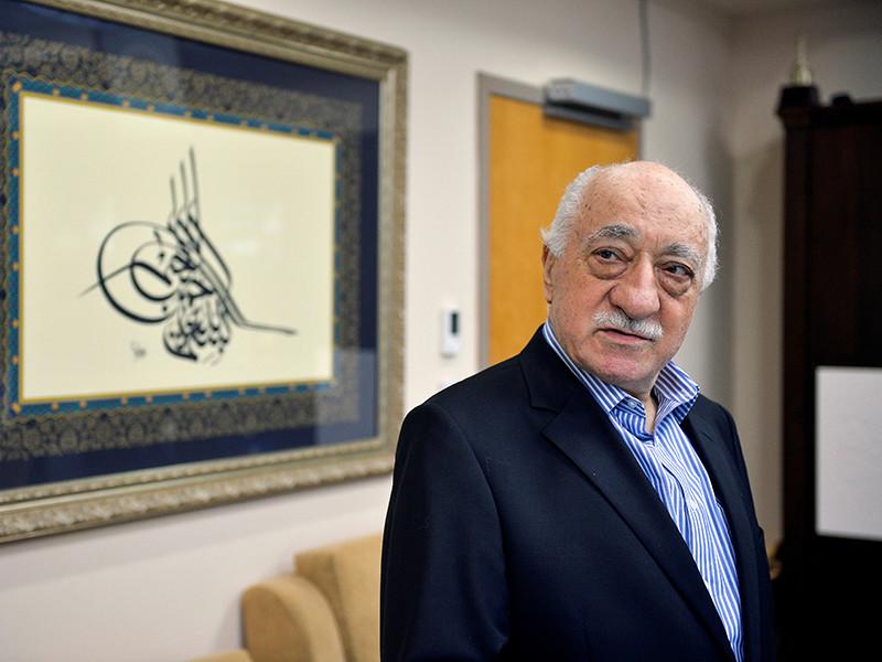 """В окружении Гюлена назвали """"смехотворными"""" обвинения Анкары в его причастности к убийству российского посла"""