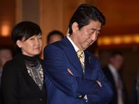 Рейтинг Синдзо Абэ упал после неудачной встречи с Путиным, показал опрос