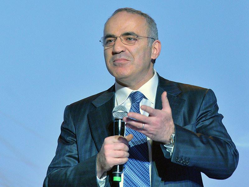 """ЕСПЧ присудил Каспарову 8 тысяч евро за нарушение его прав на """"Марше несогласных"""" в 2007 году"""