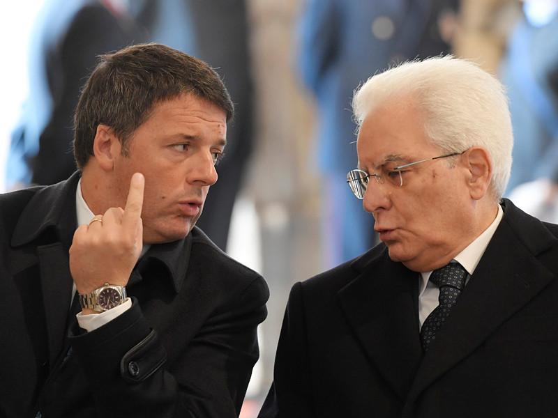 Президент Италии Серджо Маттарелла официально принял отставку премьер-министра Маттео Ренци
