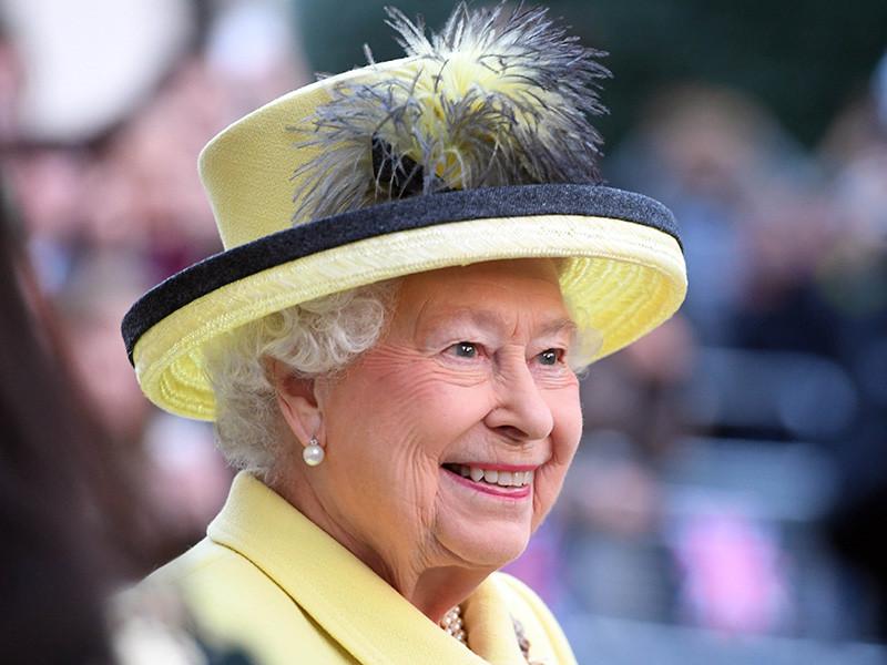 Политический обозреватель BBC Лаура Кюнсберг в эфире BBC Radio 4 подтвердила слухи о том, что королева Великобритании Елизавета II поддержала Brexit перед референдумом о членстве страны в Евросоюзе