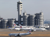 Журналистов Первого канала не пустили в самолет в аэропорту Токио