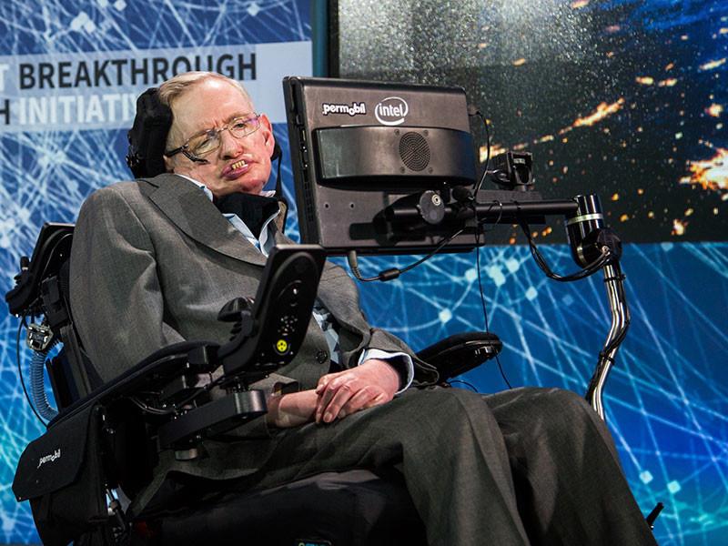Британский астрофизик Стивен Хокинг, признанный одним из гениев современности, был госпитализирован в Риме из-за недомогания