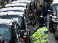 Как сообщает Sky News, эти меры должны сократить возможности для террористов-подражателей на грузовиках, которые могут планировать атаки подобные берлинской
