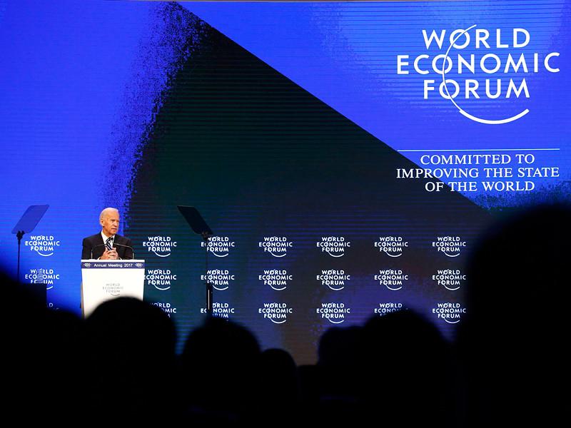 Вице-президент США Джо Байден назвал Россию наиболее серьезной угрозой либеральному мировому порядку и заявил, что Москва пытается уничтожить Европейский союз