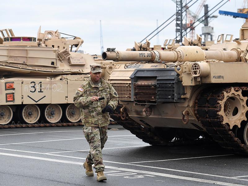 Власти Польши ожидают масштабной переброски в страну военной техники НАТО