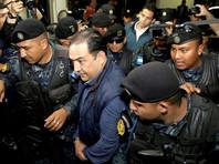 Брат и сын комика Джимми Моралеса, год назад ставшего президентом Гватемалы, арестованы за коррупцию