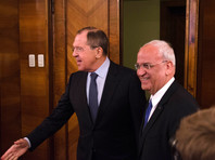 Ранее о готовности Аббаса принять участие в переговорах в Москве заявил генеральный секретарь Исполкома Организации освобождения Палестины Саиб Арикат 13 января на встрече с министром иностранных дел России Сергеем Лавровым