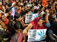 Только под давлением общественности и прессы, собравшей многочисленные свидетельства сексуальных преступлений в Бангалоре во время праздника, полицейские спустя несколько дней начали расследование