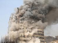 В Тегеране 30 пожарных погибли во время обрушения самого старого небоскреба Ирана (ВИДЕО)