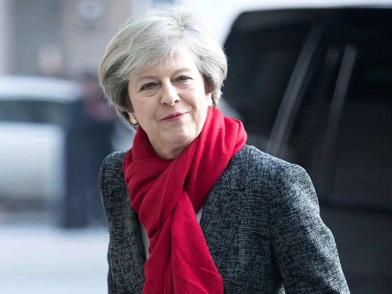 Премьер Великобритании Тереза Мэй четырежды отказалась отвечать на вопросы о провальном запуске ядерной ракеты Trident