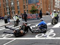 Полиция Вашингтона разогнала протестующих против инаугурации Трампа