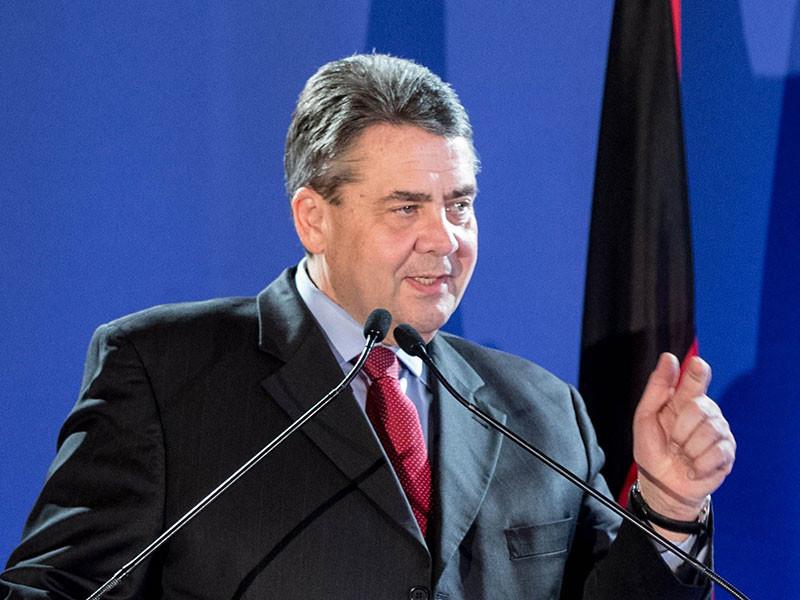 Новый глава МИД Германии Зигмар Габриэль подтвердил условие для снятия с России европейских санкций: для этого необходима полная реализация минских соглашений, регламентирующих мирное урегулирование вооруженного конфликта на юго-востоке Украины