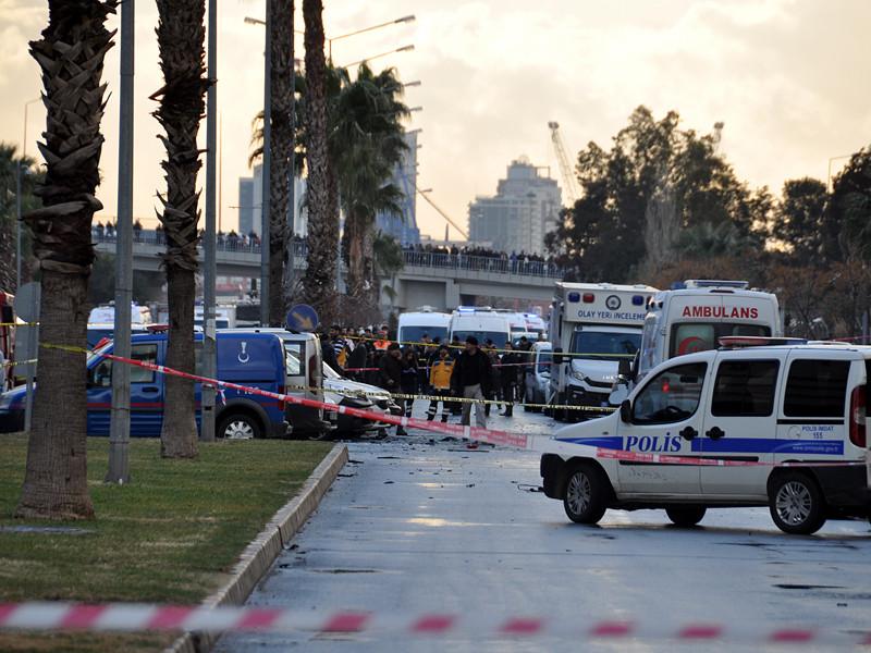 Власти Турции заявили о задержании подозреваемых в организации произошедшего накануне теракта в городе Измир