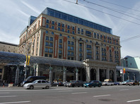 """Согласно отчету, российская разведка располагает видеозаписью того, как Дональд Трамп развлекался с проститутками в московской пятизвездочной гостинице """"Ритц-Карлтон"""" класса люкс - в том номере, где ранее останавливался Барак Обама"""