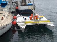 Новозеландский яхтсмен выжил в открытом море с дочкой, проведя почти месяц на сломанном катамаране