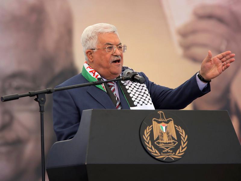 Президент Палестинской автономии Махмуд Аббас принял приглашение российского президента Владимира Путина принять участие в трехсторонней встрече в Москве с участием премьер-министра Израиля Биньямина Нетаньяху