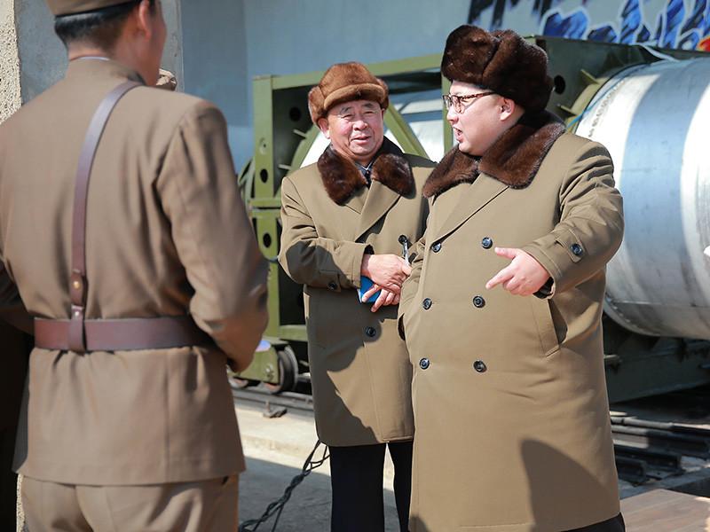 """Межконтинентальная баллистическая ракета """"находится в КНДР в последней стадии разработки"""""""