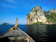 Российский турист погиб в Таиланде, сорвавшись в море со скалы