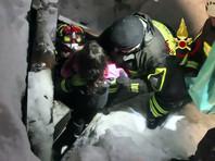За минувшие сутки спасатели извлекли из-под завалов еще пять тел