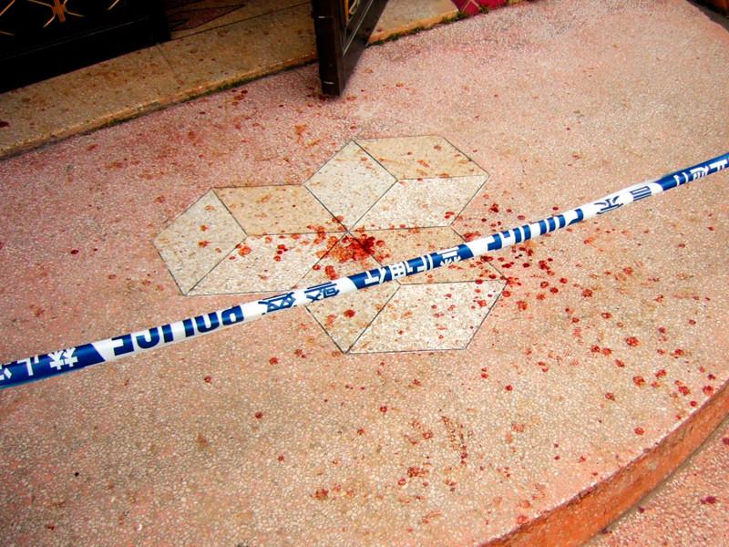 В 2010 году по Китаю прокатилась целая серия нападений на детские сады. 29 апреля в городе Тайсин провинции Цзяньсу 47-летний Сюй Юйюань ворвался в детский сад с ножом. 20-сантиметровым лезвием он нанес ранения 28 детям и трем взрослым
