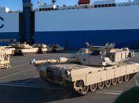В немецком порту Бремерхафен началась разгрузка сотен танков, самоходных гаубиц и других военных машин, которые прибыли в Германию морем из США
