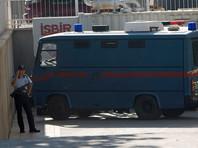 В Анталье гражданин Турции застрелил русскую жену и отравил двоих детей