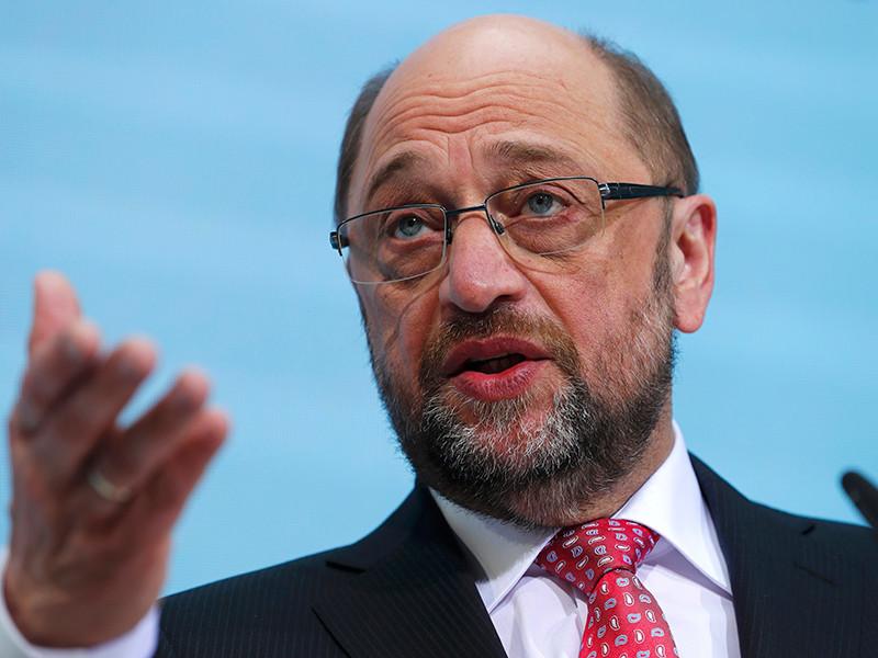 Соперника Ангелы Меркель в борьбе за пост канцлера ФРГ Мартина Шульца обвинили в финансовых злоупотреблениях